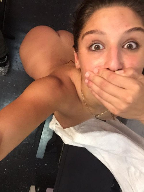 ABELLA DANGER sexy snaps and nude selfies